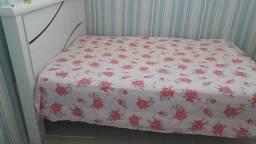 Vendo cama de casal + colchão