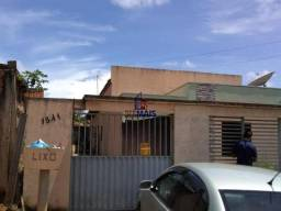 Excelente casa à venda com 2 apartamentos localizada no bairro novo ji-paraná