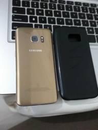 Samsung Galaxy S7 dourado