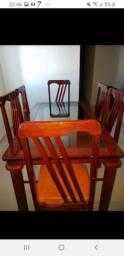 Conjunto mesa com 6 cadeiras