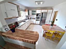 Aproveite! Linda casa com 247,72m² no Maria Goretti. Permuta por apto