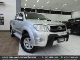 Toyota Hilux SRV CD 4X4 - 2010