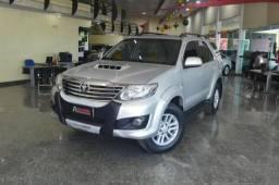 Toyota Hilux SW4 Srv 4X4 - 2012