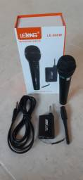 Microfone sem fio profissional novo