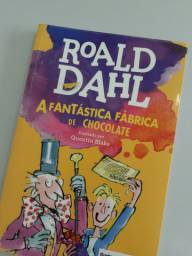Livro A fantástica fábrica de chocolate / Roald Dahl