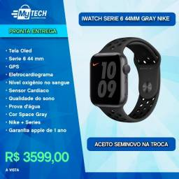 Apple Watch Serie 6 44mm NIKE+ Space Gray (Lançamento)
