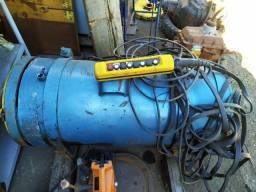 Talha Elétrica De Cabo Demag 5.000 Kg 12 Metros Elevação