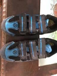 Sapatilha Absolut n39 com tanquinho e pedal