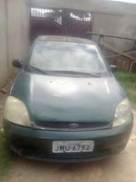 Vende-se Ford Fiesta 2004