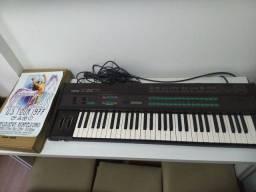 Teclado Yamaha DX7