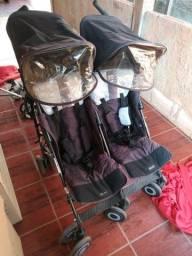 Título do anúncio: Vendo carrinho de bebê gemios e o valor e 600 reais