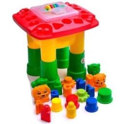 Brinquedo Mesa de Atividades Infantil