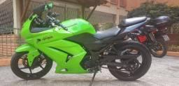 Título do anúncio: Kawasaki Ninja 250R 2010