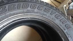 01 Pneu Dueler 205/70/15 Bridgestone