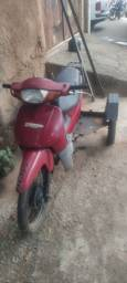 Título do anúncio: Vendo Biz Triciclo 100cc Ano 2004