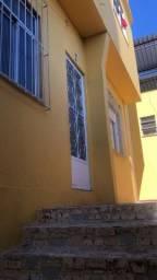 Título do anúncio: Alugo Casa com 2 qtos R Darci Vargas 58/CS07 - Centro São João de Meriti. 650,00 + Taxas.