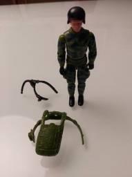 Boneco Batedor Anti Fogo Comandos em Ação