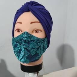 Toucas, turbantes, máscaras. Faixas e jalecos cirúrgicos e carteirinha de vacinação.