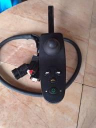 Título do anúncio: Vende se joystick bateria carregador de bateria e aros de alumínio de cadeira d rodas