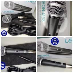 Microfone com fio Leon