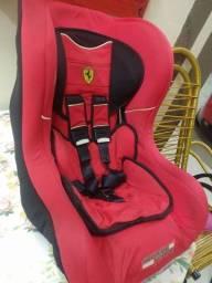 Título do anúncio: Cadeirinha Ferrari
