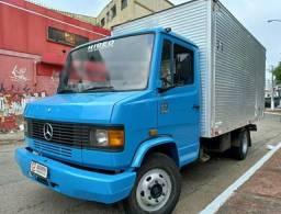 Título do anúncio: Mercedes-Benz 710 Bau Chapeado