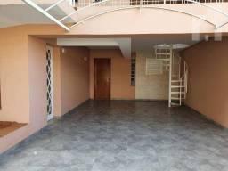 Casa com 3 dormitórios para alugar, 207 m² - Vila São José - Várzea Paulista/SP