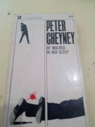 """Livro """"he walked in her sleep"""" 1962 Peter cheyney"""