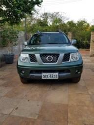 Nissan Frontier LE - 2013