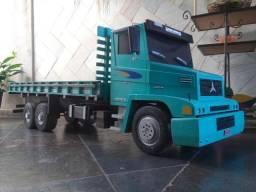 Caminhão Mb 1620 Replica De Madeira Grande 1,70 Comprimento
