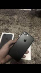 IPhone 7 Plus 32GB Preto fosco, bem conservado, completo!