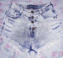 Shorts cintura alta .