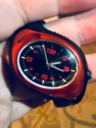 Nike Triax Swift Analógico - Vermelho E Preto