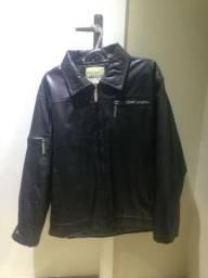 Jaqueta em corino preto