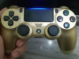 Controle PS4 slim dourado