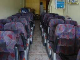 Bancos de ônibus Marcopolo Semi leitos, c. Encosto de Pernas