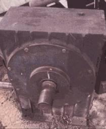 Caixa de redução 60x1 (reforçada)