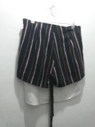 Conjunto lindo shorts e blusa - semi novo