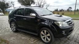 Hilux SW4 SRV D4-D 4X4 Diesel Aut. 2006!!! - 2006
