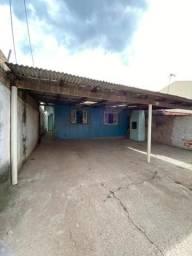 Alugo casa Uberaba