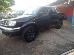Frontier 2.5 4x4 Diesel - 2002