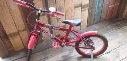 Vendo essa bicicleta infantil semi nova