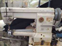 Máquina de costura braço