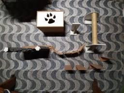 Casinha ,caminha ,nicho e arranhador para gatos