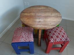 Bancos e mesas de pallets