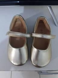 Sandalia de menina