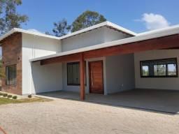 Título do anúncio: Casa nova em condomínio com 4 quartos e piscina.