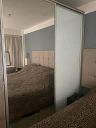 Porta de Correr Vidro Branco e espelhado