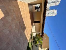 Título do anúncio: Oportunidade / Casa PQ Amazonas / 208 metros / 360 área / excelente localização
