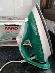 Ferro a vapor Arno